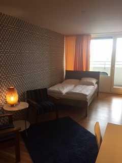 Schöne ein Zimmer Wohnung voll möbliert in München, Laim mit direkter Anbindung zur Innenstadt