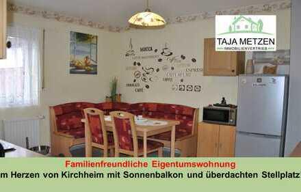 Familienfreundliche Eigentumswohnung im Herzen von Kirchheim mit Sonnenbalkon und überdachten Stell