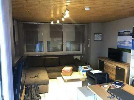 gepflegte 1,5-Zimmer-Einlieger-Wohnung mit Terrasse und EBK in Heilbronn-Kirchhausen