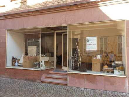 GANESHA-IMMOBILIEN...Lager-Laden-Ausstellung mitten in der Altstadt zu vermieten !