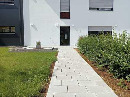 Modernisierte 4-Zi.-Wohnung mit Garten