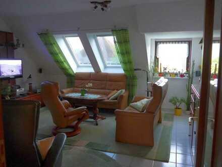 Schöne 2-Zimmer-DG-Wohnung mit Einbauküche in Fürstenwalde/Spree