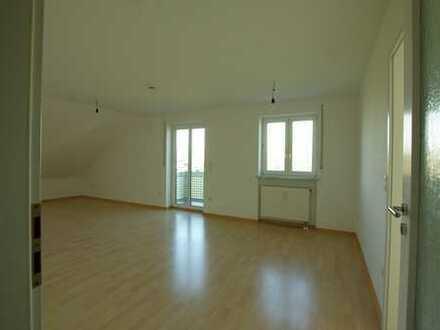 Sonnige 2-Zimmer Dachgeschosswohnung in Fürstenfeldruck-Puch