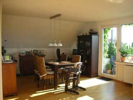 PROVISIONSFREI - Wunderschöne, lichtdurchflutete Wohnung in bester Höhenlage von Bergisch Gladbach