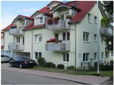 Neuwertige 4-Zimmer-Terrassenwohnung mit Einbauküche in Calw
