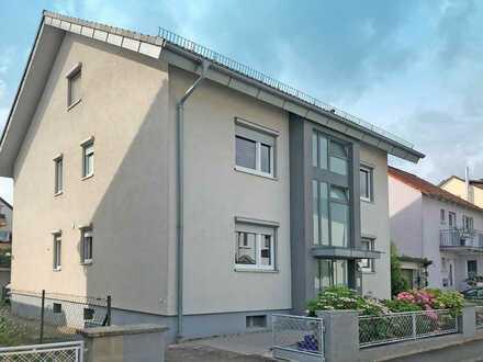 Einfamilienhaus mit Dachgeschoss-Einliegerwohnung in gesuchter Lage von Sandhausen