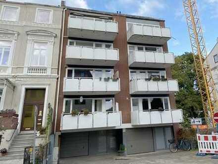 Moderne 2 Zimmer-Dachgeschoss-Wohnung in top Lage