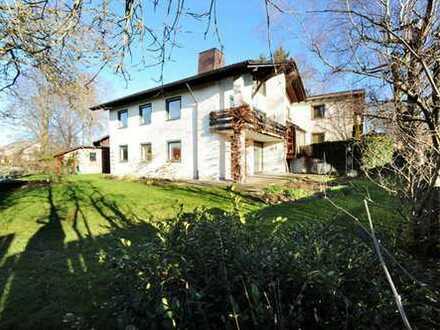 Zweifamilienhaus oder zwei Doppelhaushälften? Mit allen Ihren Lieben unter einem Dach in Pforzen?