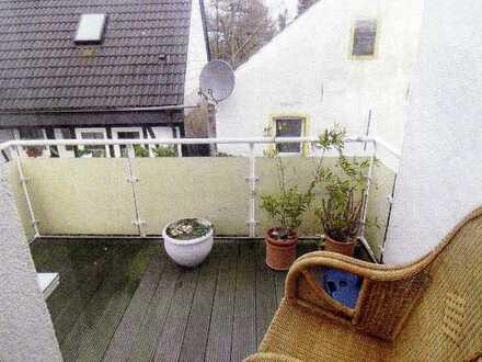 schöne Wohnung im 1. OG mit Balkon in DO.-Wickede