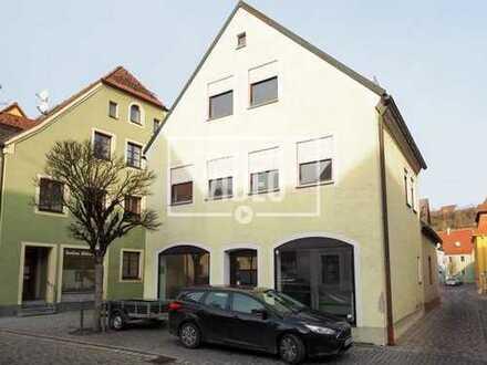 * Mitten im Zentrum * Wohn- und Geschäftshaus mit viel Potenzial!