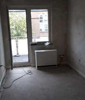 3 Zimmer 68 qm mit WZ, 2 SZ, Flur, Bad, Balkon, Zentrumslage