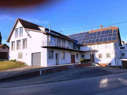 Anwesen mit 3 Wohneinheiten und separatem Baugrundstück
