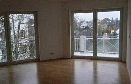 Ansprechende 3-Zimmer-Wohnung mit Balkon in Seligenstadt