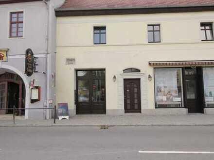Kleiner Laden / Büro zentral am Markt in Lützen