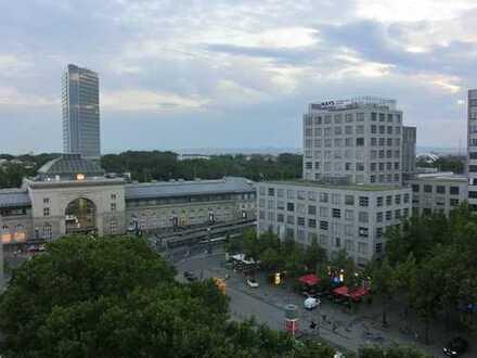 Wohnen mit Aussicht in der Nähe des Hauptbahnhofs! 7. OG! 1 ZKB mit Balkon!
