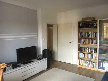 Exklusive, vollständig renovierte 3-Zimmer-Wohnung mit Balkon in Frankfurt am Main
