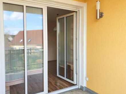 Winkerling: Schöne Wohnung im 1. OG: helle 3ZKB mit Balkon, EBK, etc.!