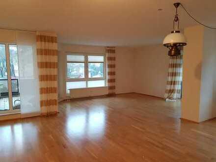 Helle 3,5-Zimmer-Wohnung mit Balkon und EBK in Hattingen, Südstadt