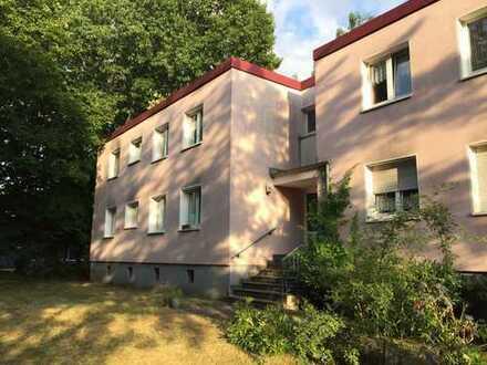 Helle großzügige fünf Zimmer Wohnung in Duisburg, Großenbaum