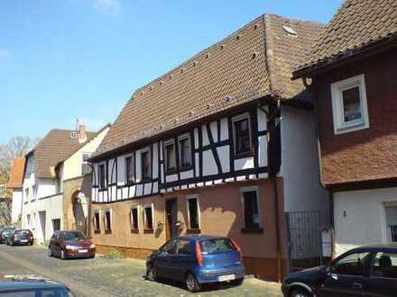 2 ZW. komplett möbiliert in der Steinheimer Altstadt ab 1 Monat