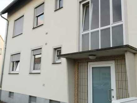 Gepflegte 3-Zimmer-Erdgeschosswohnung mit Balkon in Landau in der Pfalz, Provisionsfrei