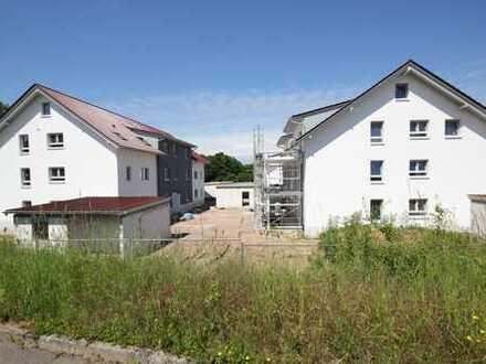 Neubau !!4 Zimmer Wohnung mit Balkon und Garage und Stellplatz