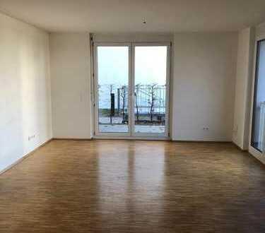 Super gelegene 2,5-Zimmer-EG-Wohnung mit Balkon und EBK in Böblingen