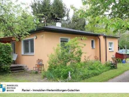 FREIZEITGRUNDSTÜCK ! Sommerhaus mit blickdichter großzügiger Außenanlage - nur 20 Min. nach Nürnberg
