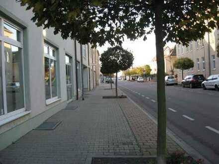 Ladengeschäfte im City-Park-Center in Delitzsch
