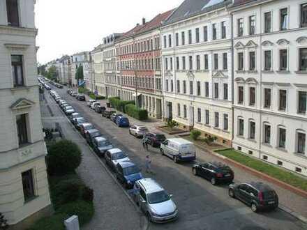 Gohlis - Süd ... sonnige Zweizimmerwhg. mit EBK zu vermieten...