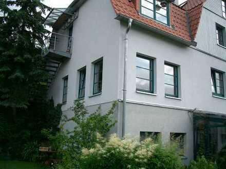 Schöne zwei Zimmer Wohnung in Suhl, unterhalb von Suhl-Lautenberg