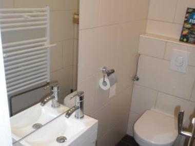 3 Zimmer in einer (4,5Zi) 106qm Wohnung an eine WG im beliebten Bielefelder Westen zu vermieten!