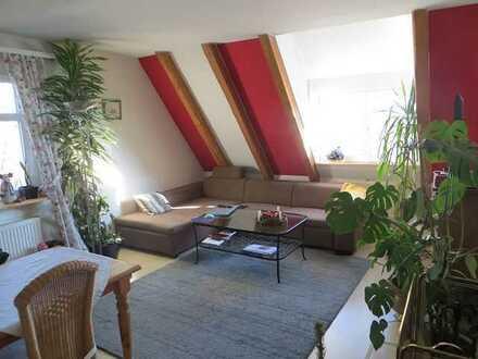 """*Wohnen im """"Alten Schulhaus"""" in Hochdorf - 3,5 Zimmer - EBK + Kamin + Stellplatz*"""