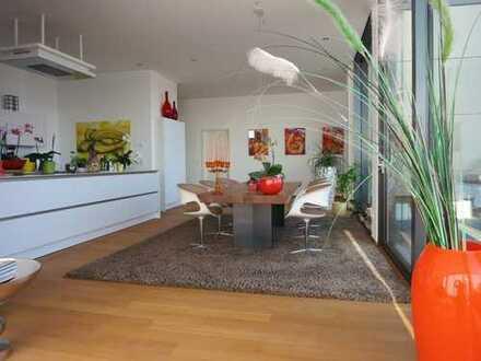 - Lifestyle pur auf 225m² - Traumhafte Penthouse-Wohnung mit 80m² Dachterrasse