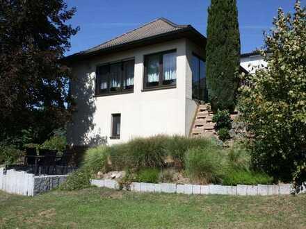 Ruhiges Wohnen im Zweifamilienhaus in Laufenburg