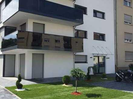 Schöne Penthousewohnung mit Aufzug direkt ins Wohnzimmer zu vermieten
