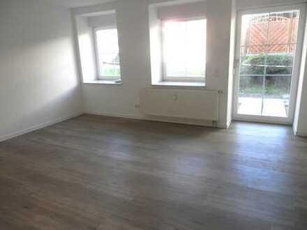 Neu sanierte 2 Zimmer Wohnung mit Terrasse * rollstuhlgerecht *