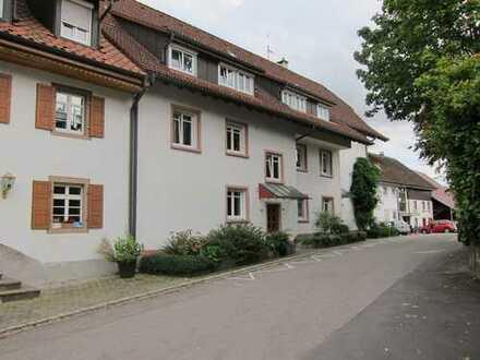Maisonette-Wohnung mit Alpenblick