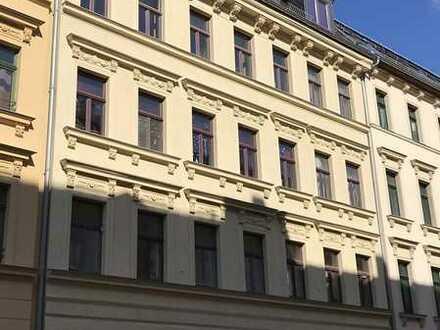 3 Zimmer Wohnung in ruhiger Seitenstraße in Altlindenau