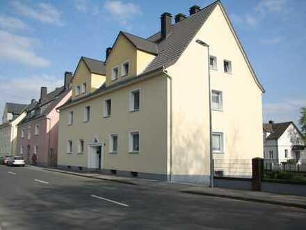 Etagenwohnung mit 2 zusätzlichen Zimmern im Dachgeschoss