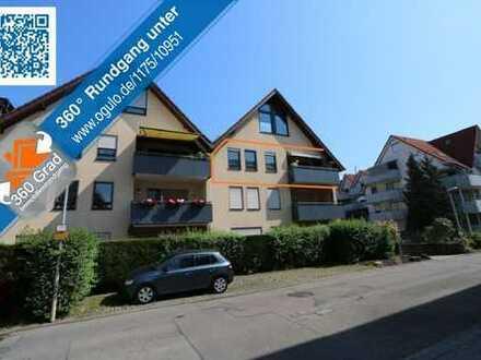 Schöne 3-Zi-Wohnung mit S-Balkon im 2.OG, Kfz-Stellplatz & Kfz-Stellplatz vor dem Haus