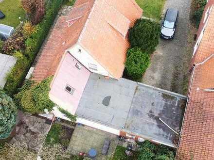 Neubebauung - 2 Grundstücke - 2 Häuser