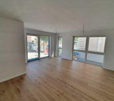 4-Zimmer-Neubau-Wohnung - Erstbezug inklusive Einbauküche, 2 Bäder und Terrasse