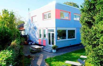 Höchste Ausstattungsqualität trifft auf offenes Wohnkonzept! Freistehendes Einfamilienhaus in Bürgel