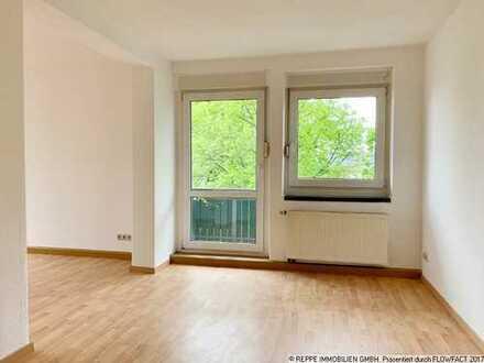 Helle 3-Raum Wohnung mit Balkon