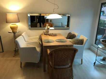 Exklusive, gepflegte 2,5-Zimmer-Dachgeschosswohnung mit Balkon und Einbauküche in Ehningen