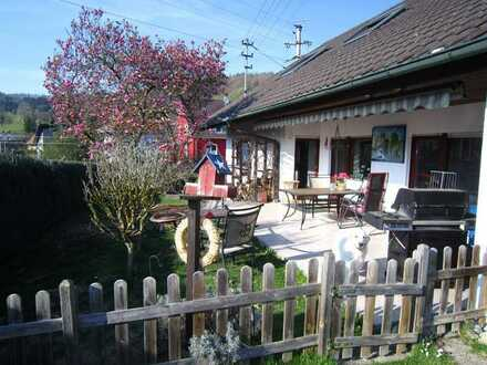 EFH mit Garage, Stellplatz & Gartengrundstück