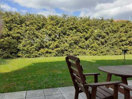 Appartment mit eigener Terrasse, Blick ins Grüne, EBK