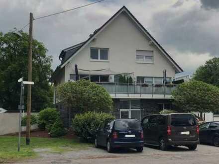 Provisionsfreie, gepflegte 5-Zimmer-Maisonette-Wohnung mit Balkon in Bottrop-Feldhausen