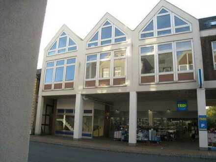 Schleswig Süd, moderne helle und großflächige Bürofläche im 1.OG